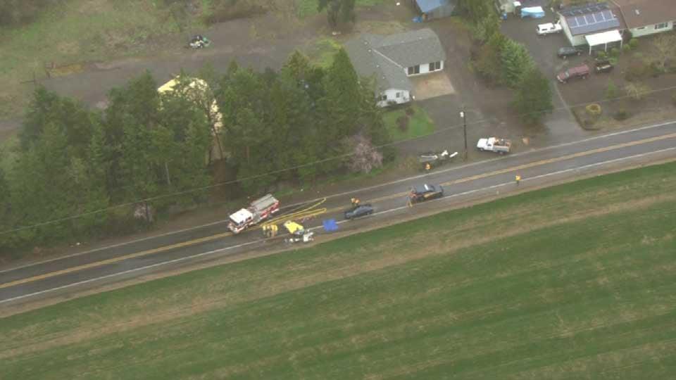 AIR 12 over crash scene north of Carlton (Photo: KPTV)