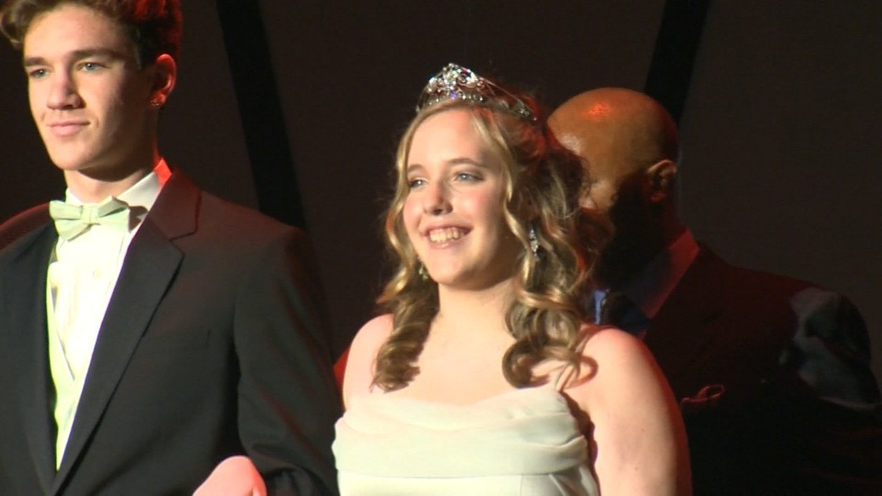 Franklin High School 2016 Rose Festival Princess Abby Freimark (KPTV)