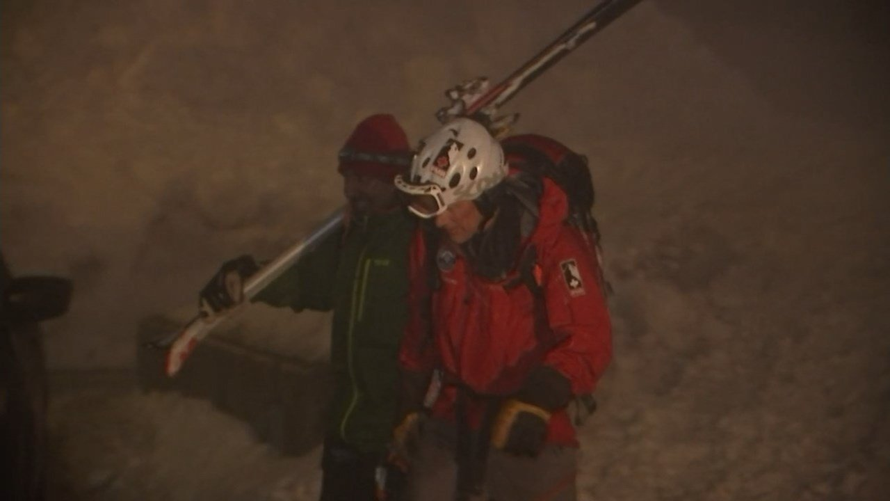 Rescue crews returned with Asitsinh Rathod just before 8:00 p.m. Friday. (KPTV)