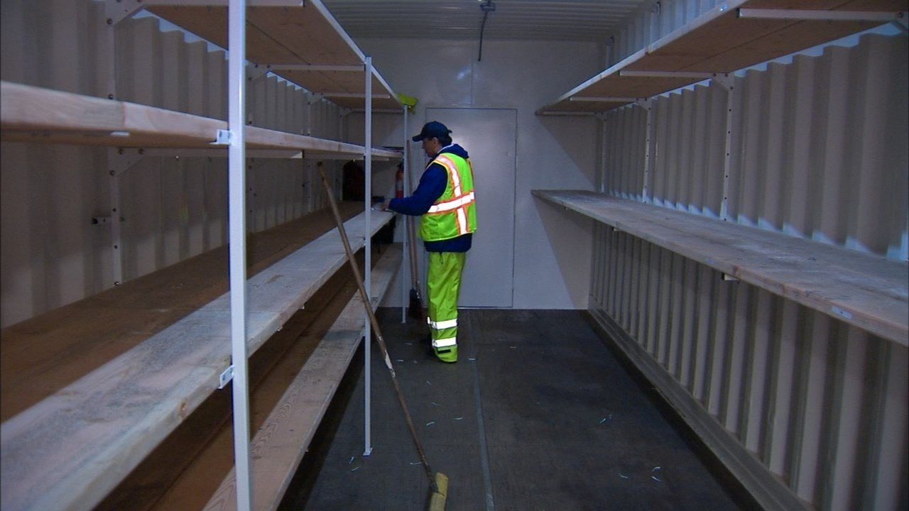 A look inside the storage container (KPTV)