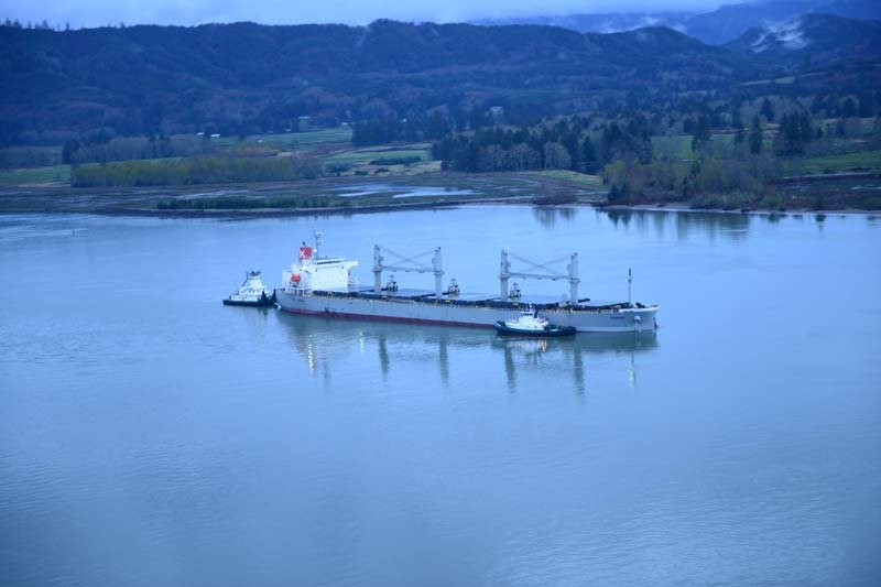 The motor vessel Sparna, a 623-foot Panamanian-flagged bulk carrier sits aground in the Columbia River near Cathlamet, Washington. (Photo: US Coast Guard)