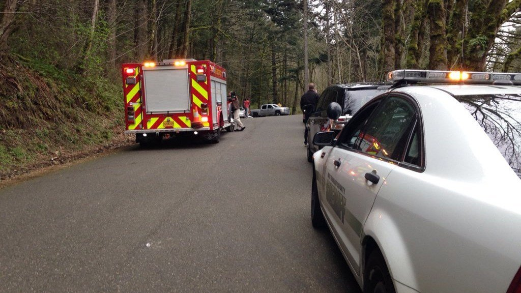 Rescue efforts were underway Wednesday after teen fell at least 50-100 feet while hiking on Angel's Rest trail. (Laura Rillos/KPTV)