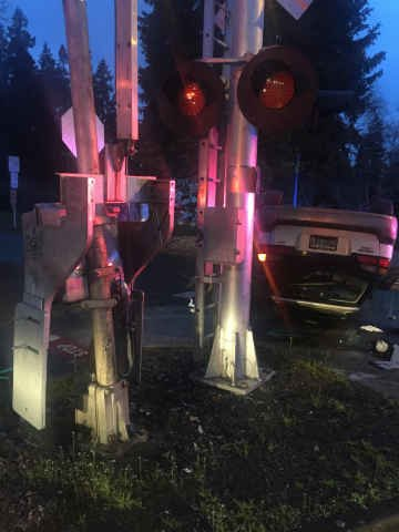 Crash scene photo (Courtesy: Tualatin Police Department)