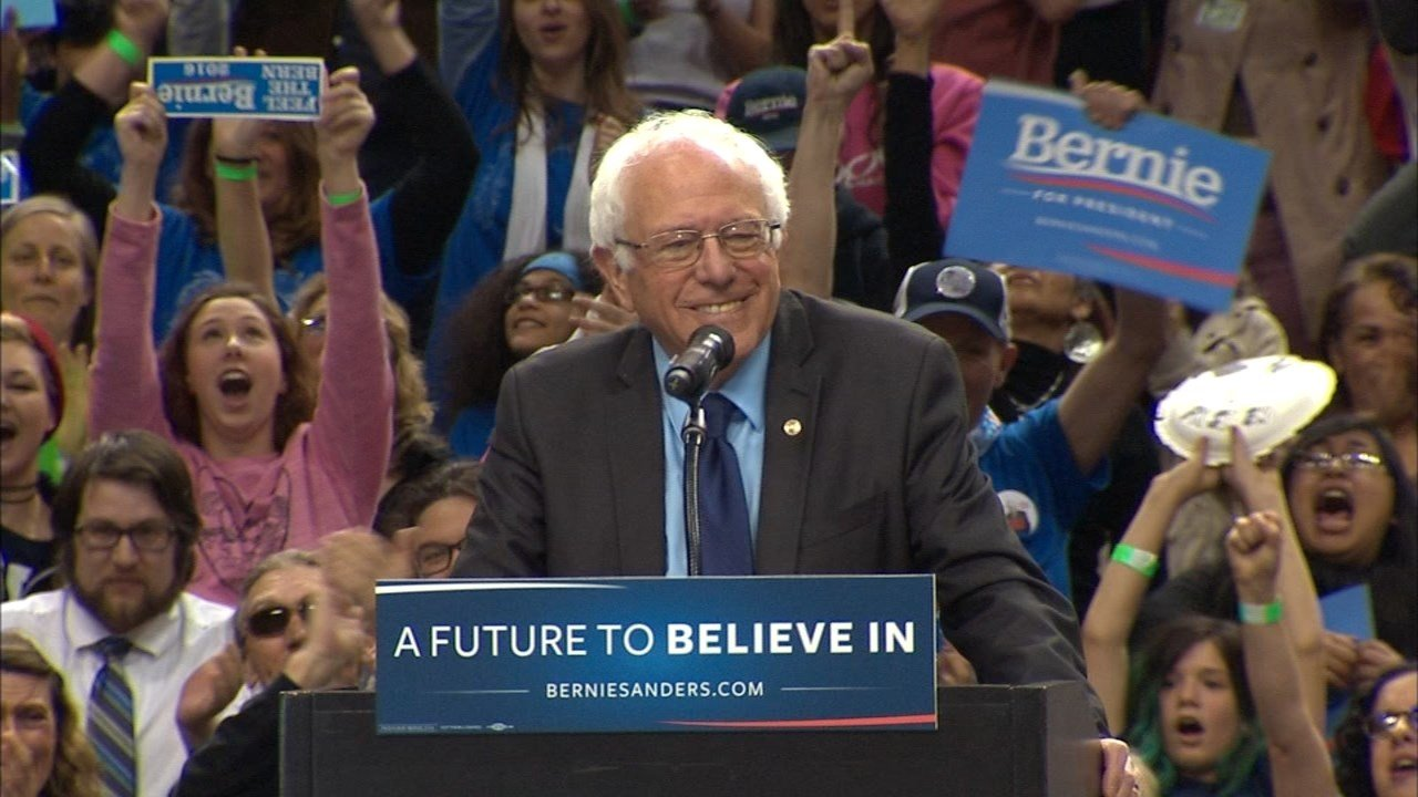 Bernie Sanders at a rally at the Moda Center in Portland in March. (Source: KPTV)