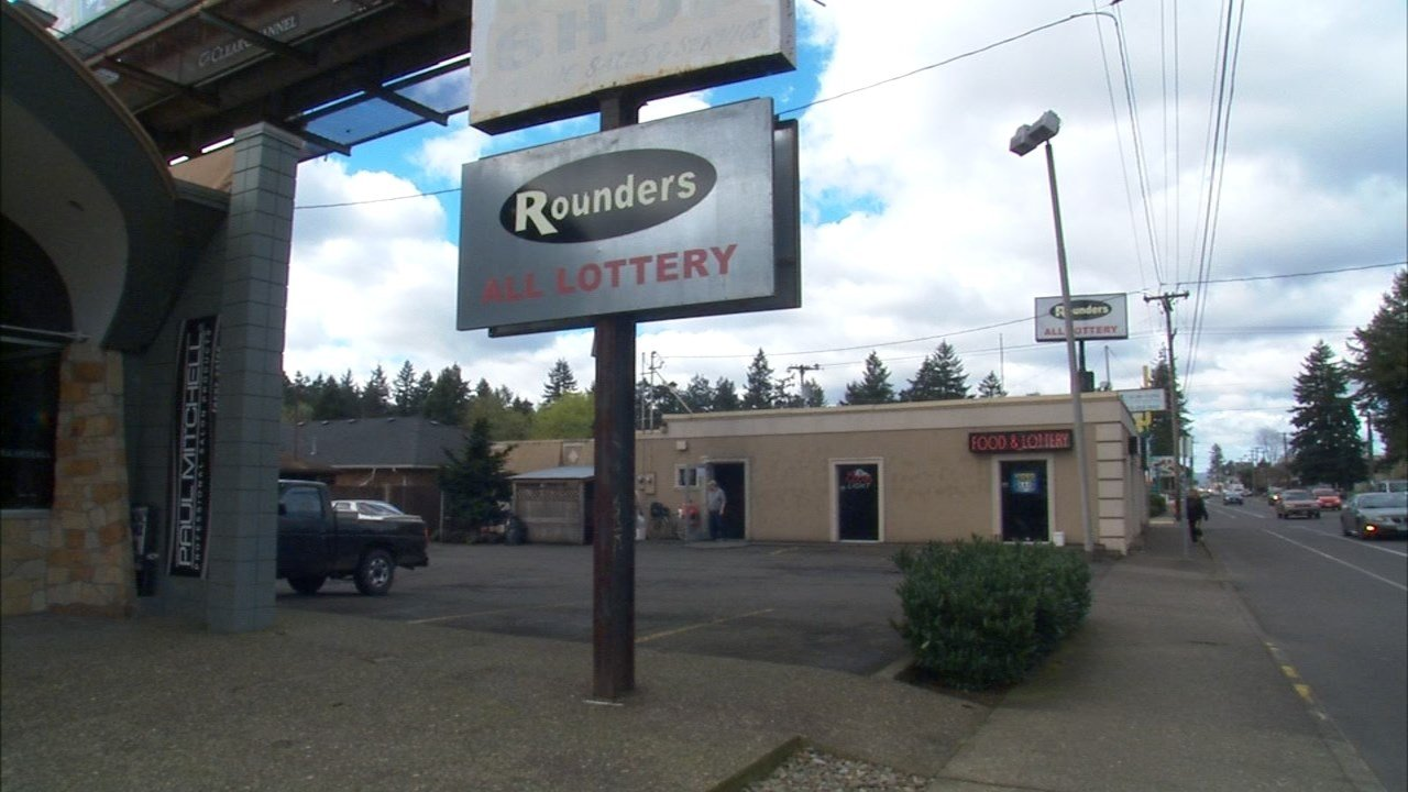Rounders was robbed by a man with a gun early Monday morning.