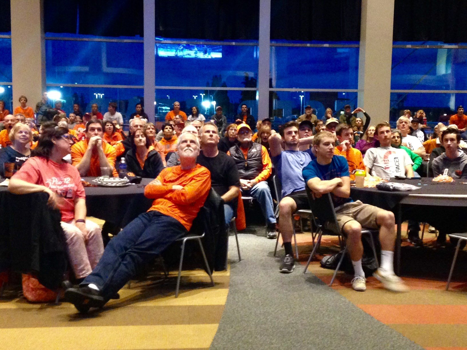 A crowd of alumni and fans gather to watch the OSU women's basketball team Monday. (KPTV)