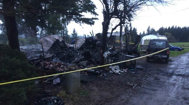 Deadly mobile home fire in La Center. (Photo: Clark Co. Sheriff's Office)