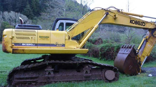 Stolen excavator (Photo: Curry County Sheriff's Office)