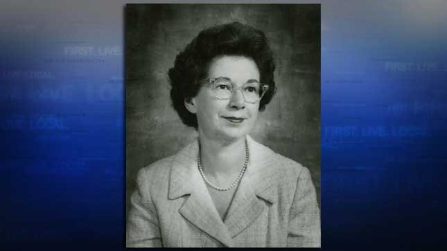 Beverly Cleary in 1971 (Source: State Library Photograph Collection, 1851-1990, Washington State Archives).