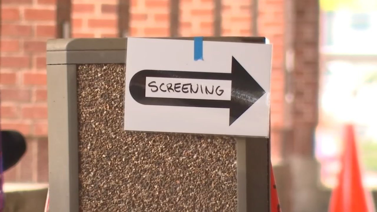 Students at Linfield College are beingscreened for signs of illness, after a student was hospitalized with a bacterial infection. (Source: KPTV)