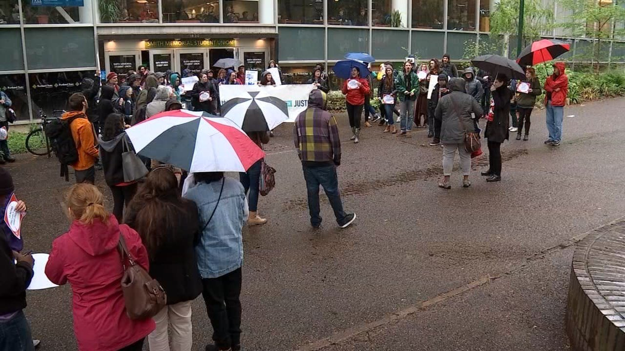 Minimum wage rally held at Portland State University (KPTV)