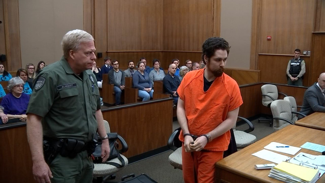 David Redmond was sentenced to 16 years in prison Friday for the death of his one-month old son in October 2014.  (Source: KPTV)