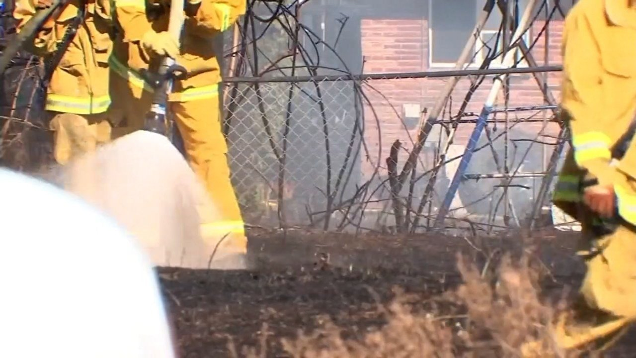 Fire officials are forecasting an early start to the wildfire season, and are advising homeowners to create defensible spaces on their properties now. (KPTV)