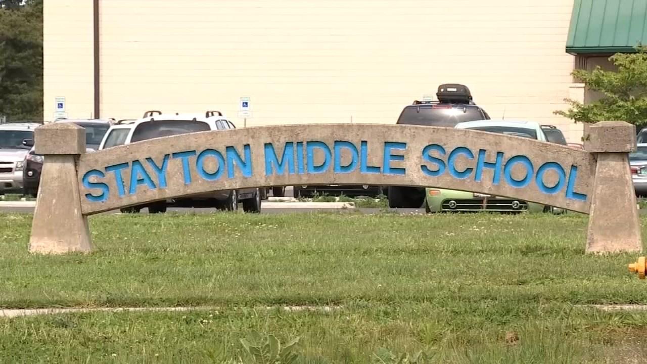 Stayton Intermediate/Middle School (Source: KPTV)