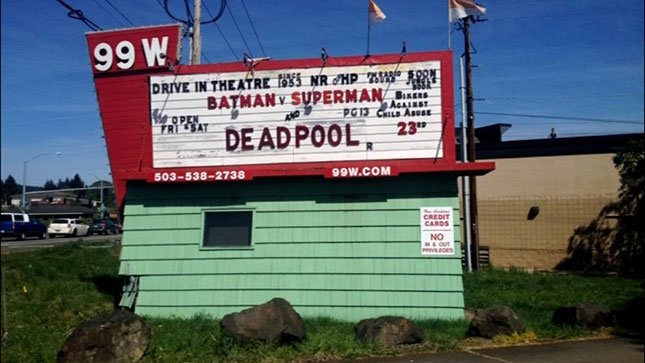 The 99W Drive-In in Newberg.