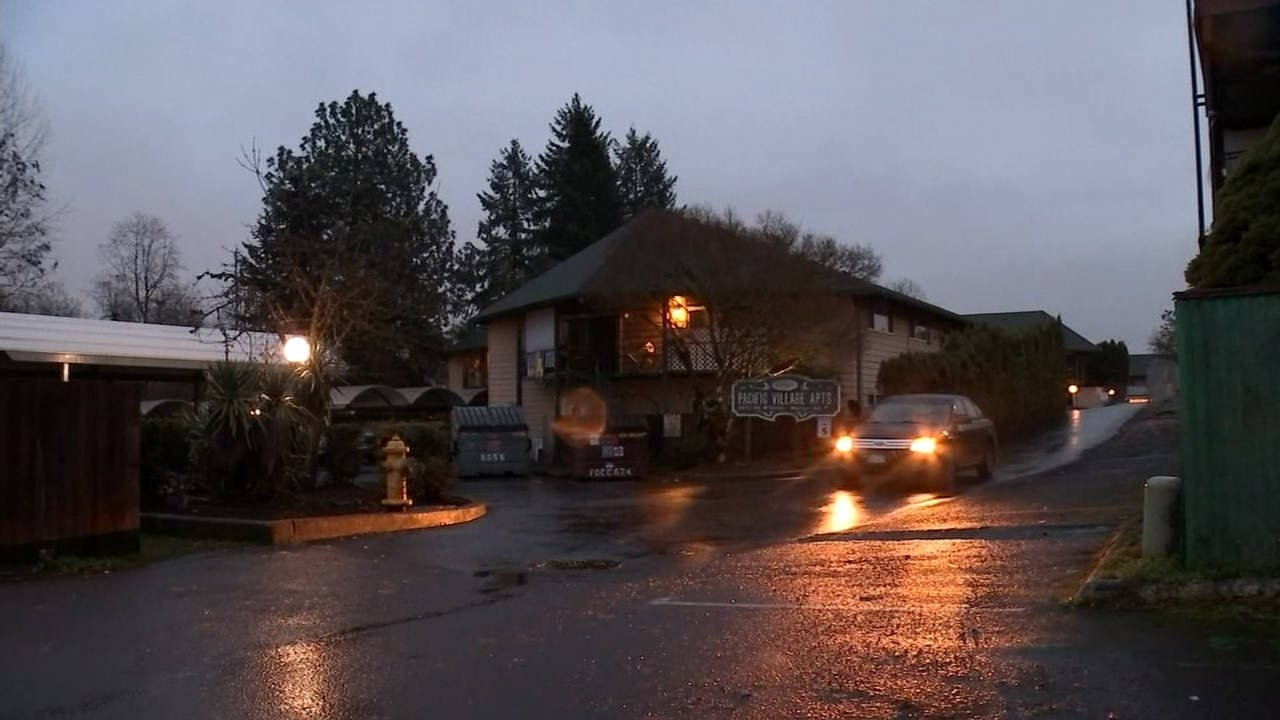 Scene of deadly shooting at Tigard apartment complex in December 2015. (KPTV file image)