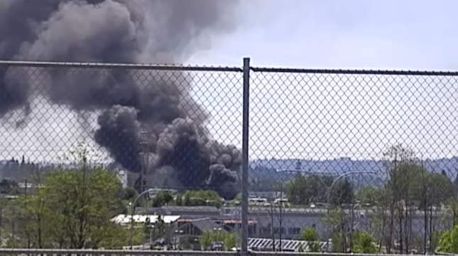 Viewer photo of fire at Milwaukie-area manufacturing business. (KPTV)