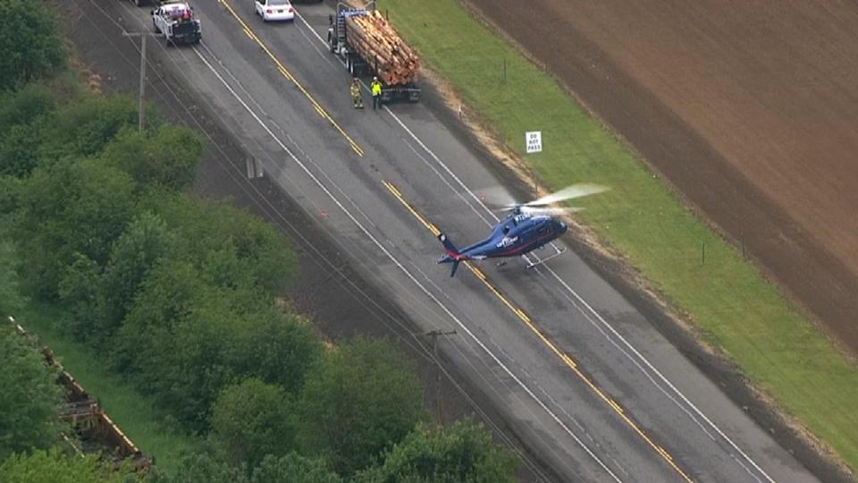 LifeFlight landing at crash scene (Photo: Air 12)