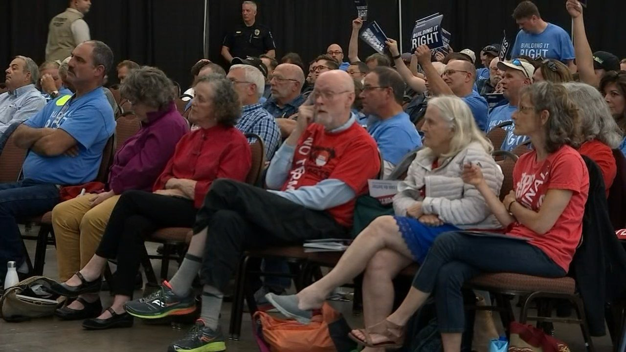 The first of three public hearings addressing a proposed coal terminal in Longview, which would be the largest on the West coast, saw huge crowds coming out to speak for and against the plan. (KPTV)