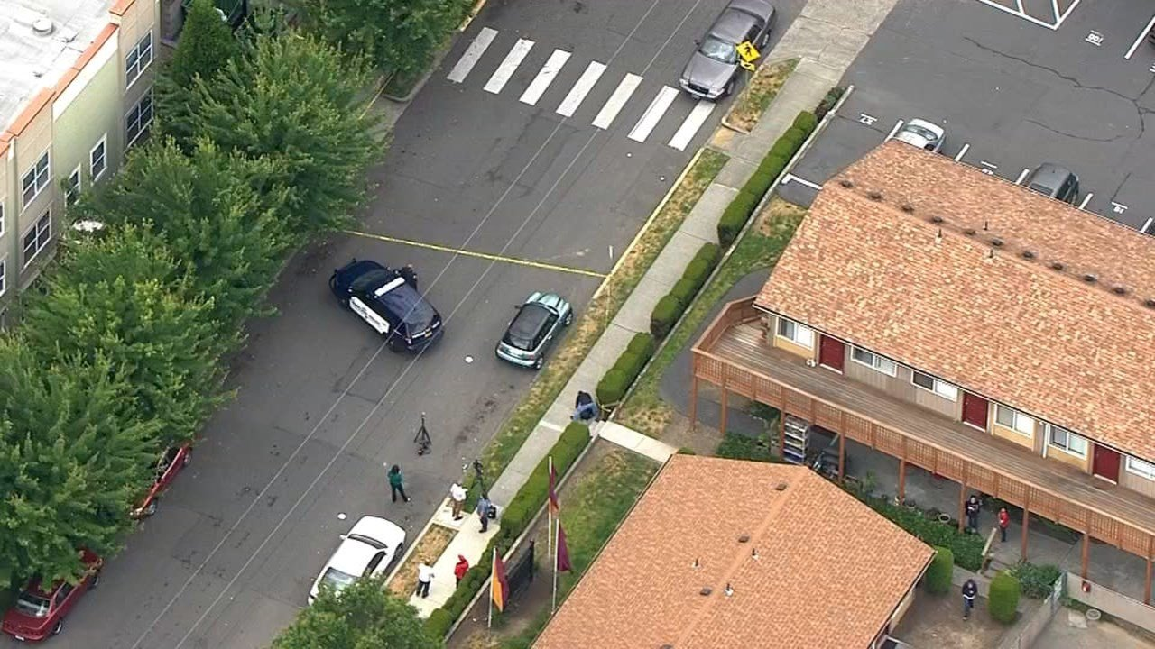 Portland Police Bureau officers investigated the area around an apartment complex on the 3600 block of Southeast 28th Place after a shooting Wednesday afternoon. (KPTV)