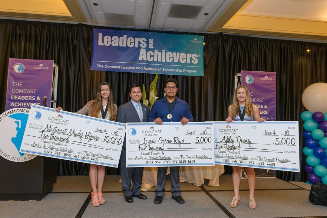 Montserrat Mendez Higuera, Ignacio Garcia Reyes and Ashley Denney were awarded Comcast Founder's Scholarships by Rodrigo Lopez, Comcast Regional Senior Vice-President. (Comcast)
