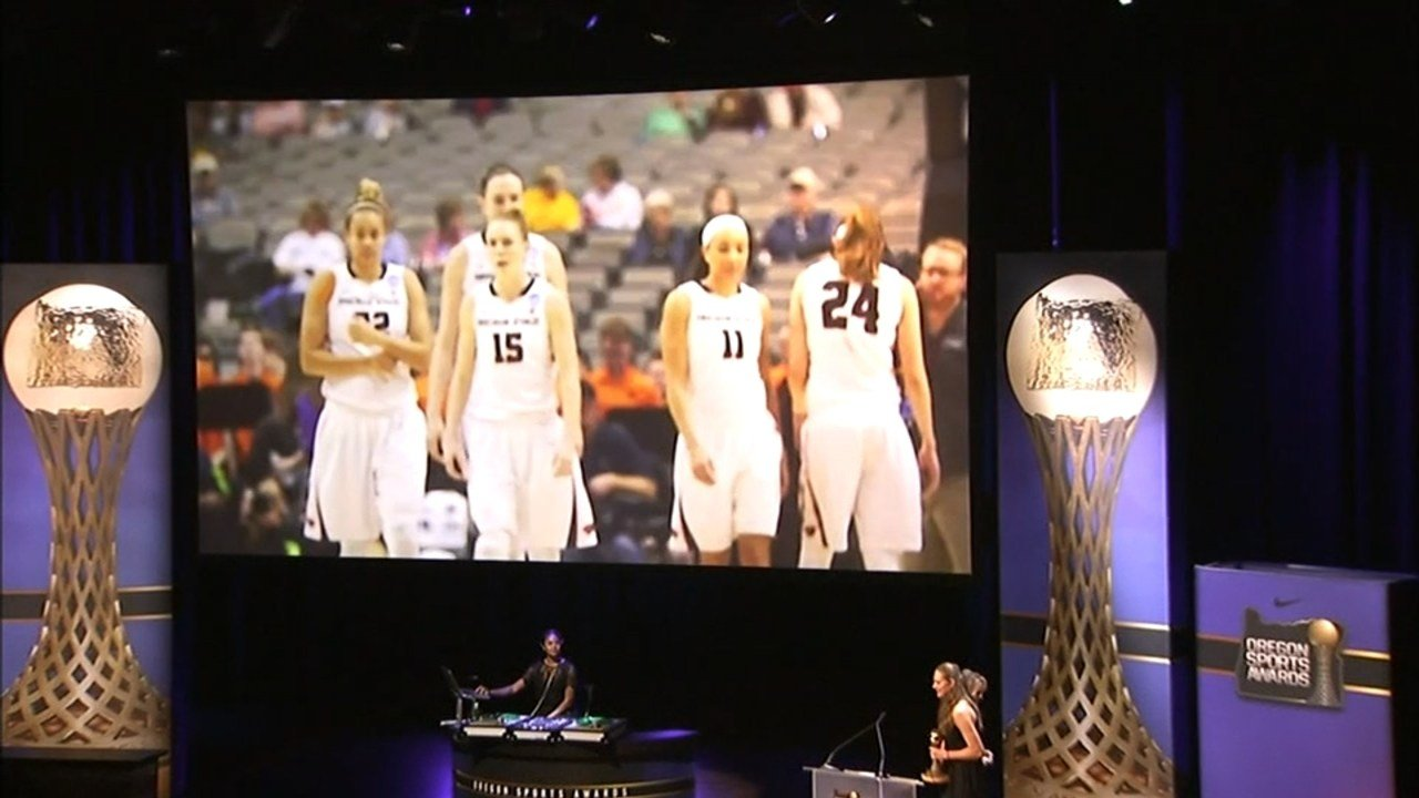 The Oregon State Beavers women's basketball team and the MLS Cup Champion Portland Timbers were named the George Pasero Teams of the Year for 2016 at the Oregon Sports Awards (Source: KPTV)