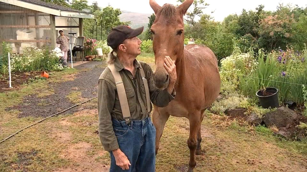 Robert Turner and Geronimo (KPTV)