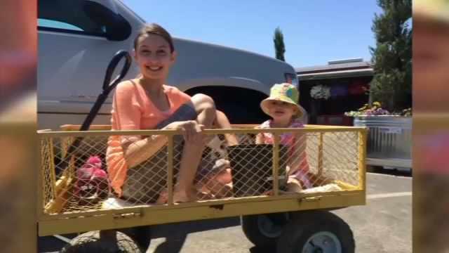 Alana Smith and Isabella Smith (Family photo/KPTV)