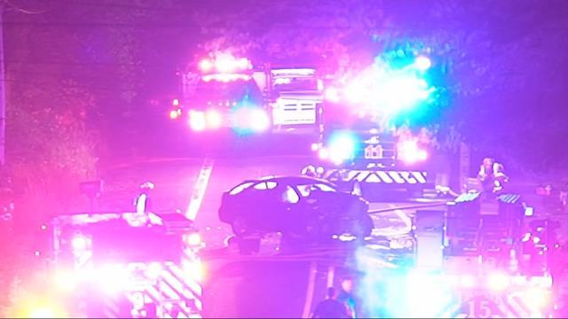 Two killed, three injured in crash on Redland Road