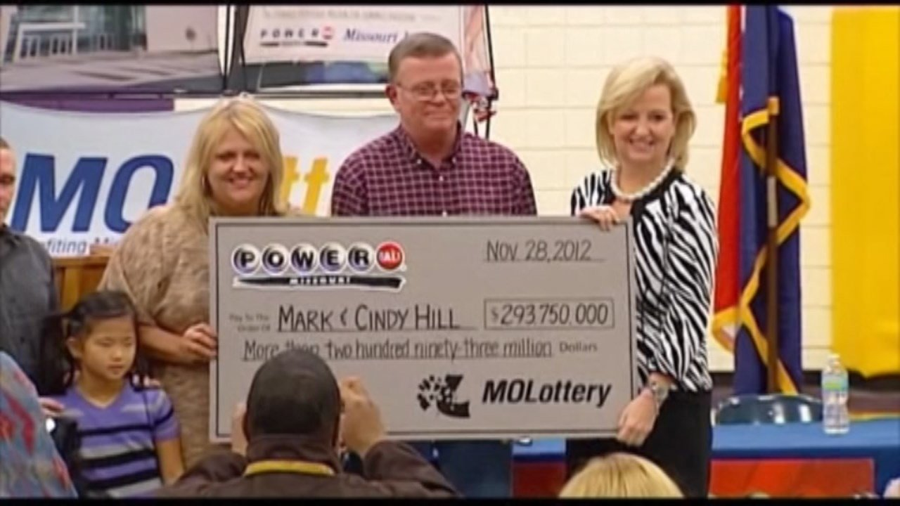 Mark Hill won almost $300 million playing Powerball in 2012. (Photo: KMBC via CNN)