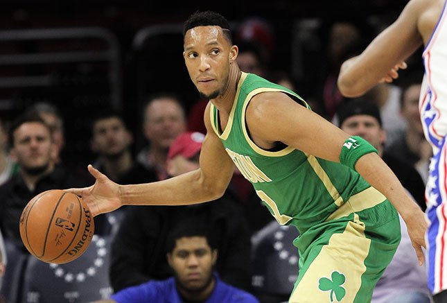 Boston Celtics guard Evan Turner (11) in action during an NBA basketball game against the Philadelphia 76ers, Sunday, March 20, 2016, in Philadelphia. (AP Photo/Laurence Kesterson)