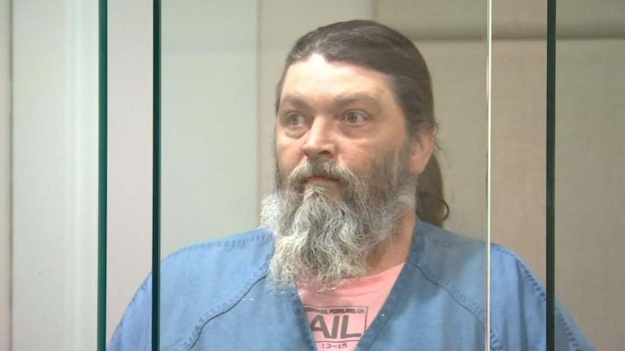 Earl Fisher Jr. in court (Source: KPTV)