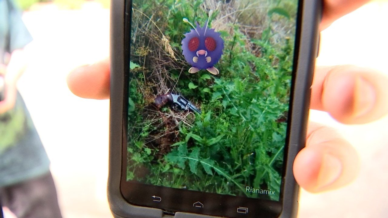 Screenshot of the Pokémon Go character next to the loaded handgun found in Hazel Dell (KPTV)