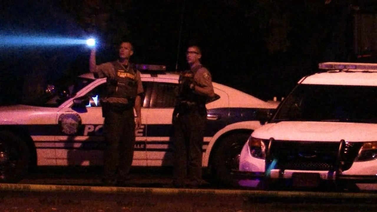 Police investigating a homicide at the French Prairie Rest Area near Wilsonville in October 2015. (KPTV file image)
