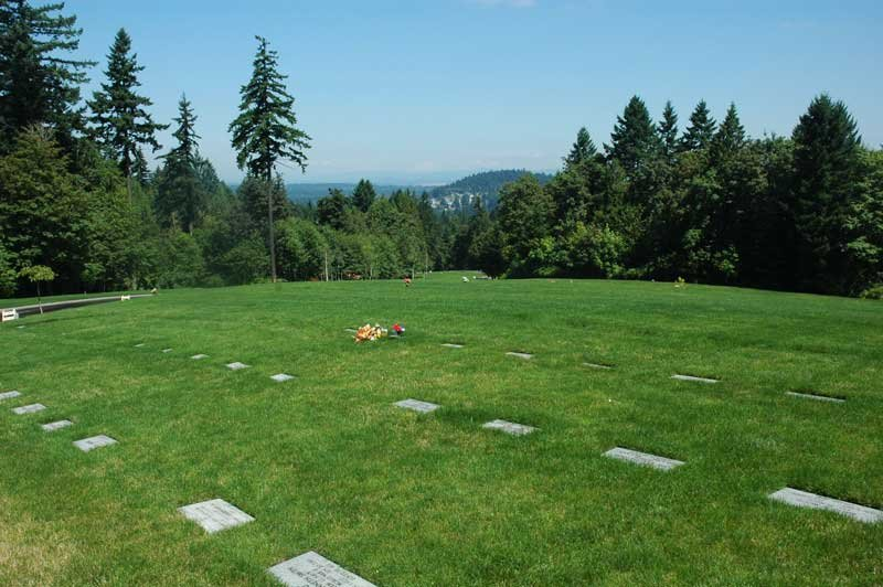 Willamette National Cemetery (Source: Oregon Parks and Recreation Dept.)