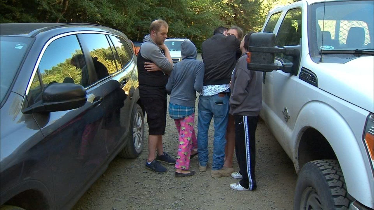 Missing teen reunited with her family. (Source: KPTV)