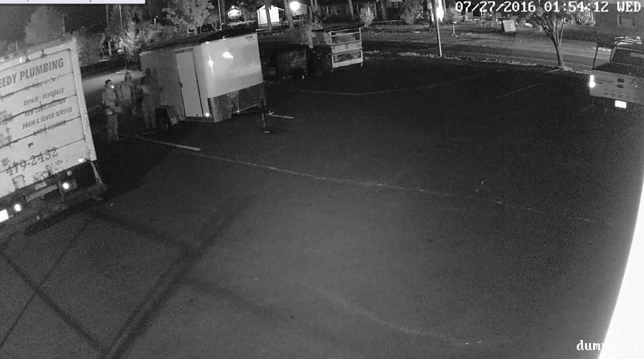 Surveillance image: Molalla PD