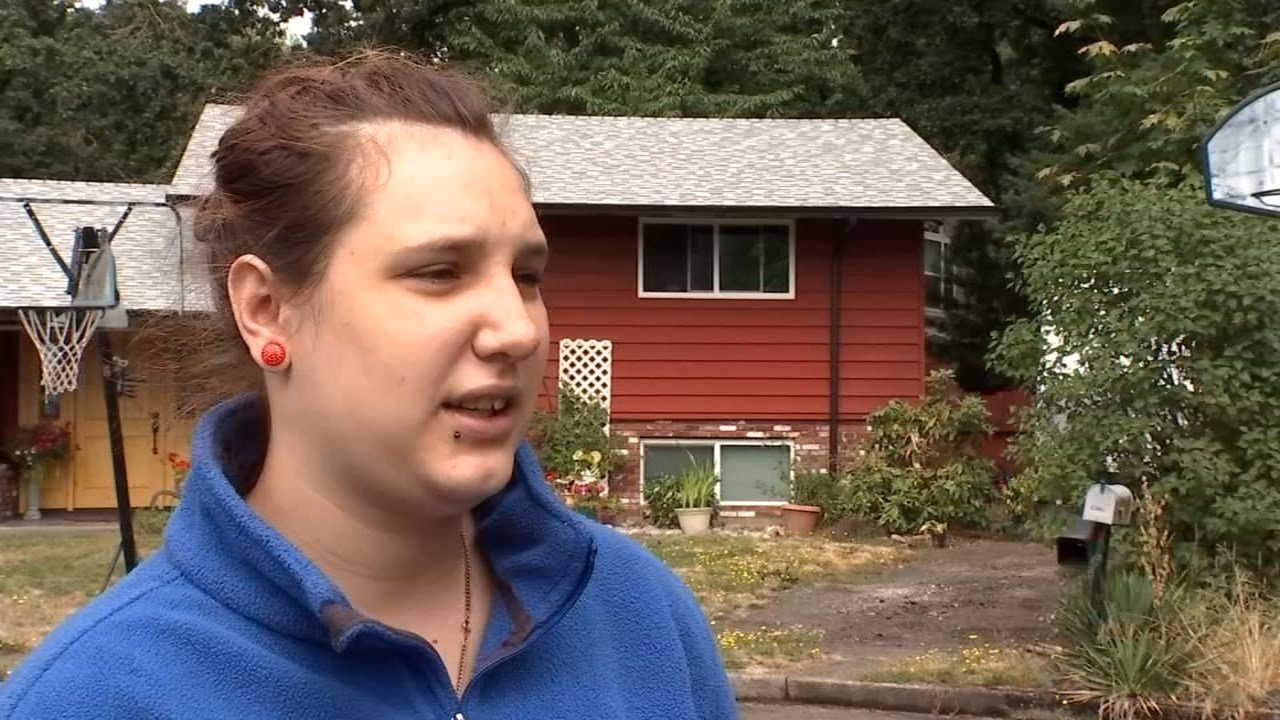 Rachael Yarber, who is best friends with the woman who was held hostage at a Gladstone Subway Monday night. (KPTV)