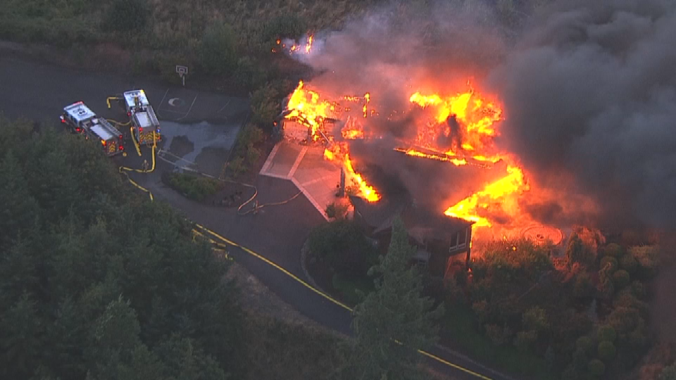 Air 12 over fire in West Hills