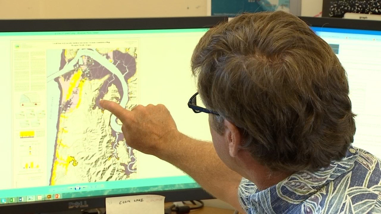 Oregon State University marine geologist Chris Goldfinger says new research shows that the windows between major earthquakes in Cascadia Subduction Zone is shorter than previously thought. (KPTV)