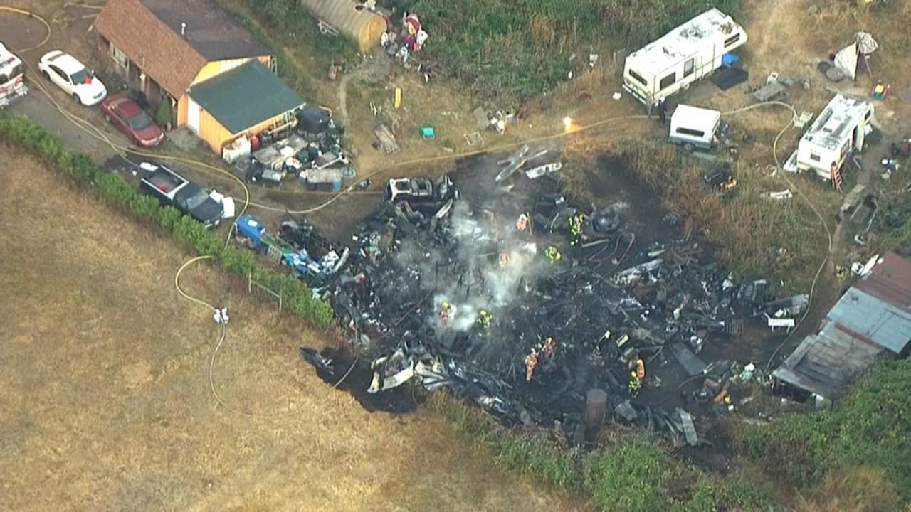 Barn fire in Estacada (KPTV)