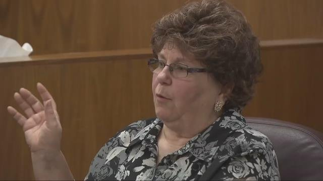 Witness Patricia Sholz testified Wednesday about how she, along with Lynn Benton and an off-duty firefighter found the body of Debbie Higbee-Benton in 2011. (KPTV)