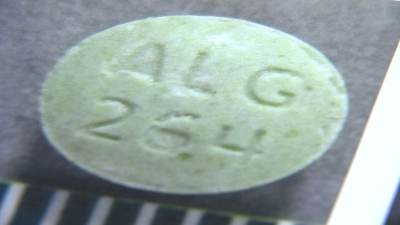 Scientists are the Oregon state crime lab say they are seeing an increase in overdose cases from counterfeit opioids which are laced with Fentanyl. (KPTV)