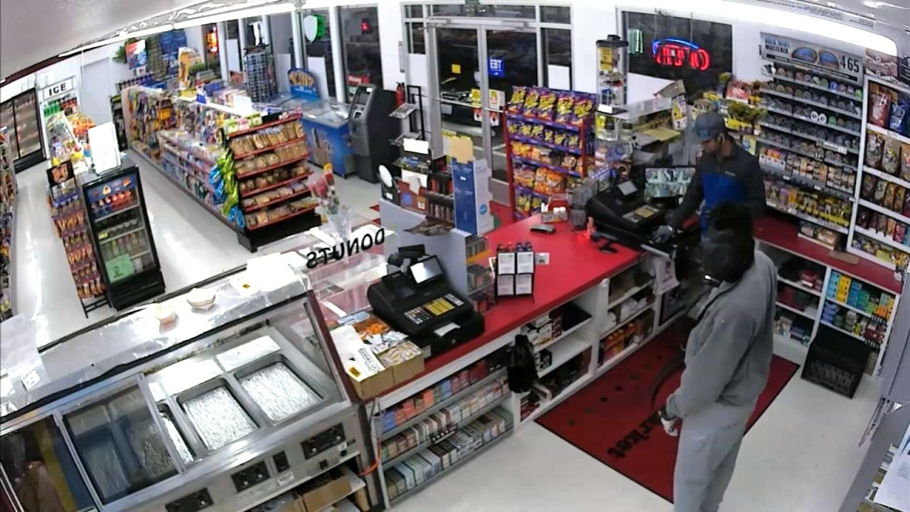 Surveillance image of convenience store robbery in Jefferson. (KPTV)