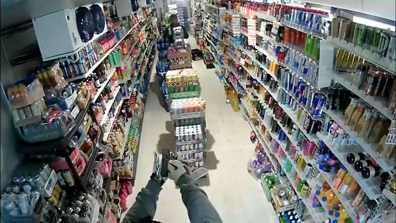 Surveillance image of convenience store robbery in Jefferson. (KPTV)