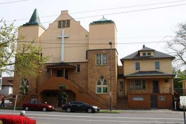 Vancouver Avenue First Baptist Church (Photo: Oregon Parks and Recreation Dept.)