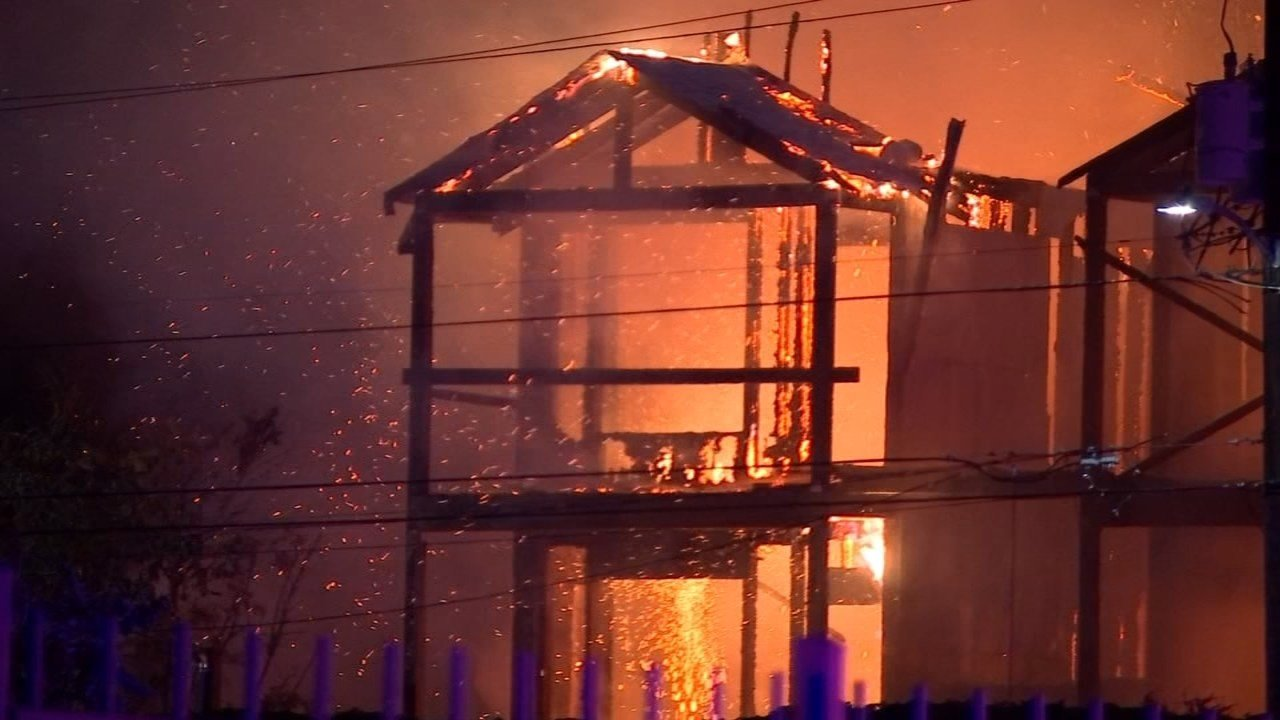 A fire destroyed a north Portland apartment complex in August and investigators believe it was arson. (KPTV file image)