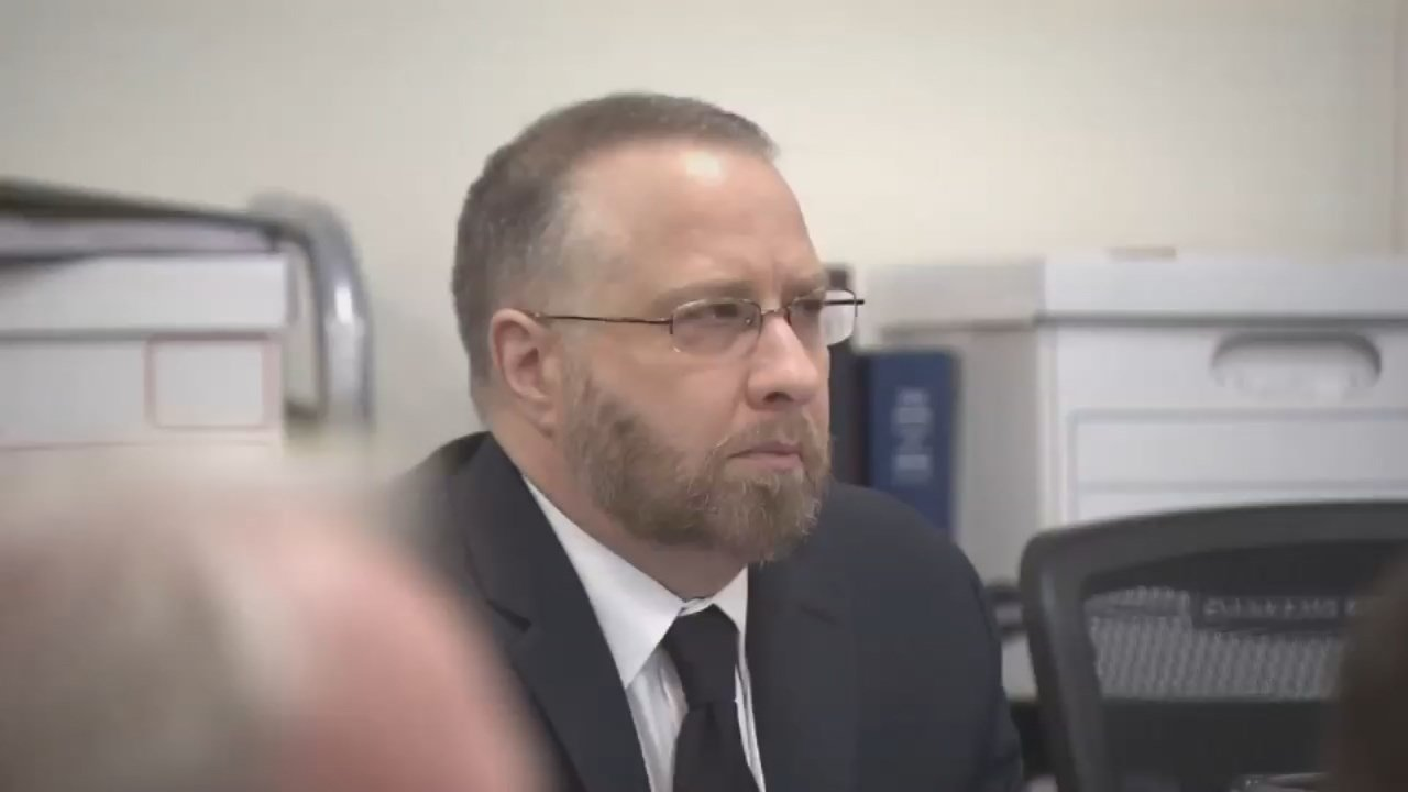 Lynn Benton in court Tuesday. (KPTV)