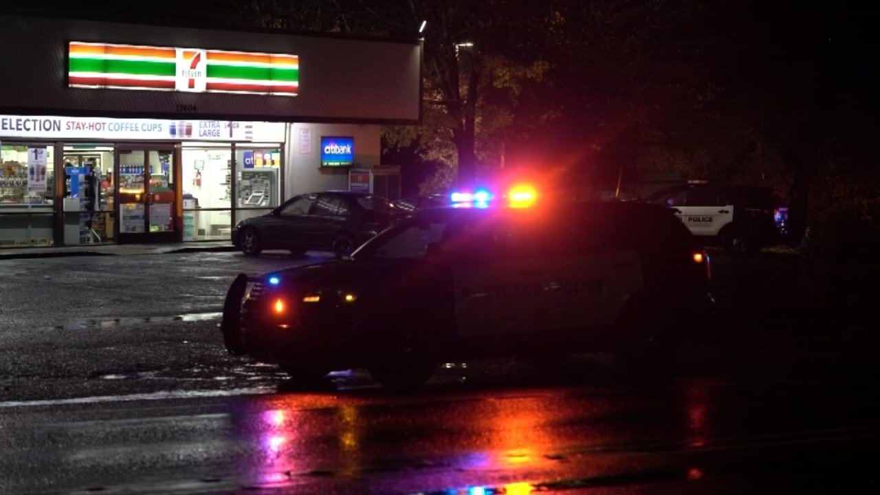 A 7-Eleven store was robbed in southeast Portland early Thursday morning. (KPTV)