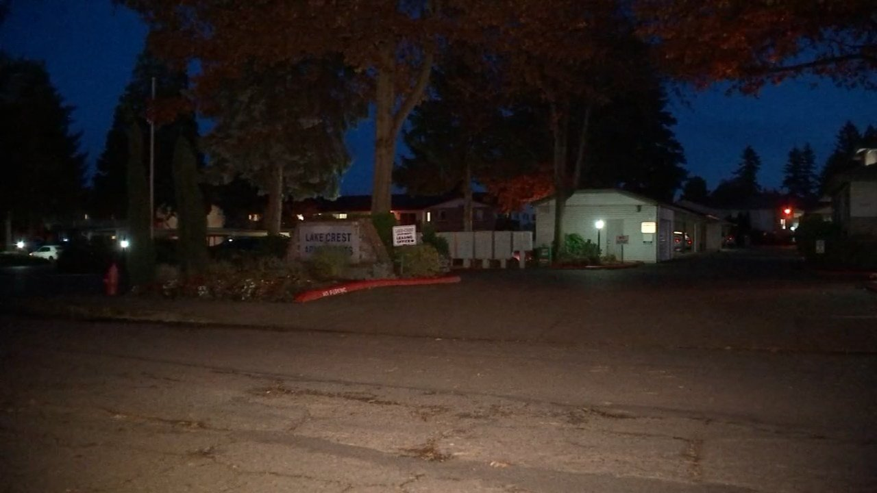 Lake Crest Apartments in Milwaukie (KPTV)